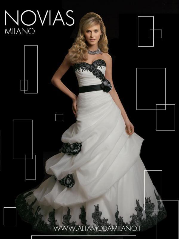 Abiti sposa colorati e stravanganti. Le proposte di vestiti da sposa ...